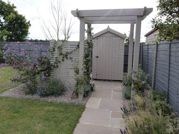 Small Garden Fencing: Cool Garden Fence Colours Ideas - Google Search