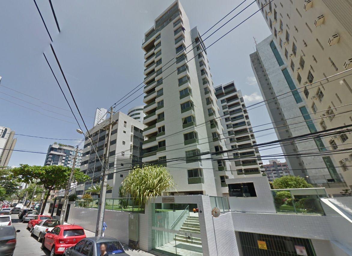 Apartamento à 70 metros aproximado da Praia de Boa Viagem