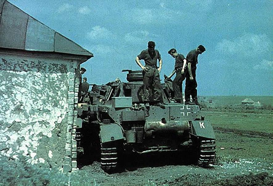 german world war 2 colour rear of panzer iv tank in russia 1943 panzer pinterest panzer. Black Bedroom Furniture Sets. Home Design Ideas