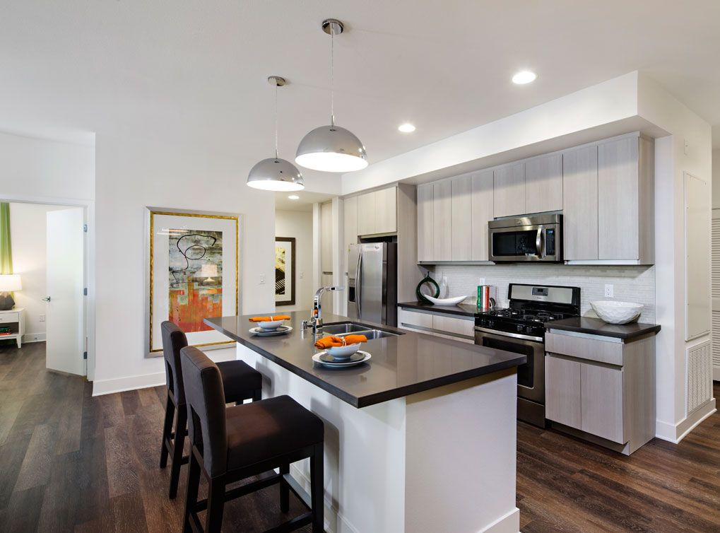 Model Kitchen At Amli Lex On Orange A Luxury Apartment Community In Glendale Ca Renting A House Apartments For Rent Looking For Apartments