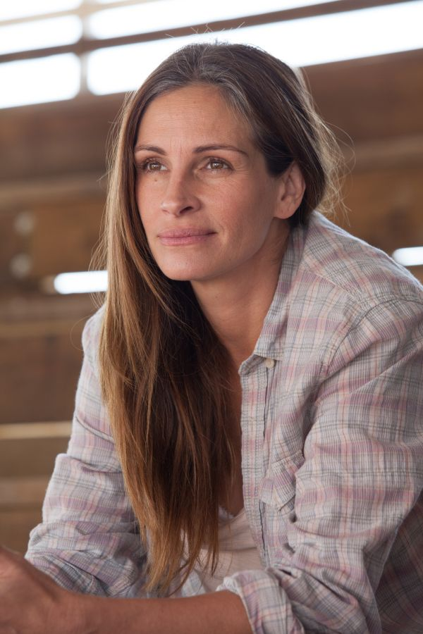 Julia Roberts in August Osage County. Grey roots and as stunning as ever.