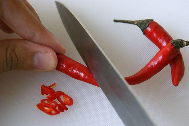 How to Make Homemade Bird Repellent Spray | GARDENING - OUTDOOR