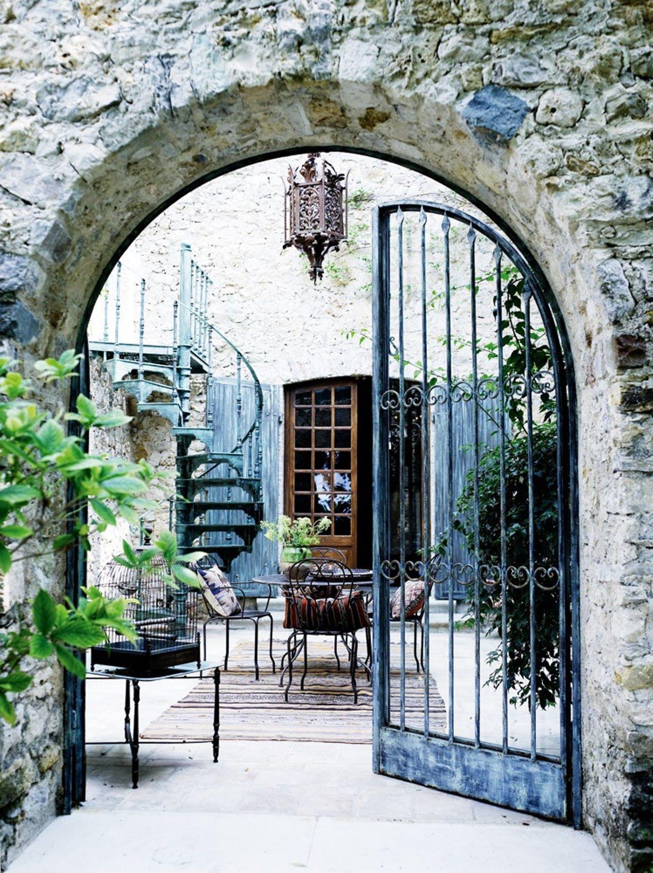 De Kobte En Olivenmolle I Provence Terrasseideer Baghave Udeliv