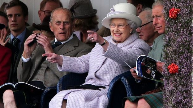 The Queen at Braemer Gathering.