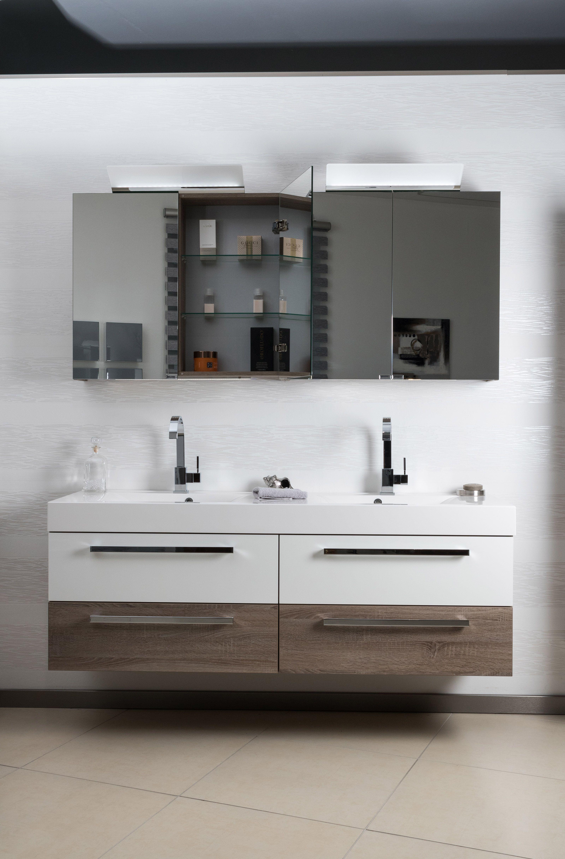 Viel Platz Zum Waschen Und Pflegen Bietet Das Badezimmerset Mit Einem 160cm Breiten Waschtisch Aus Zwei W Badezimmerwaschtisch Bad Einrichten Doppelwaschtisch