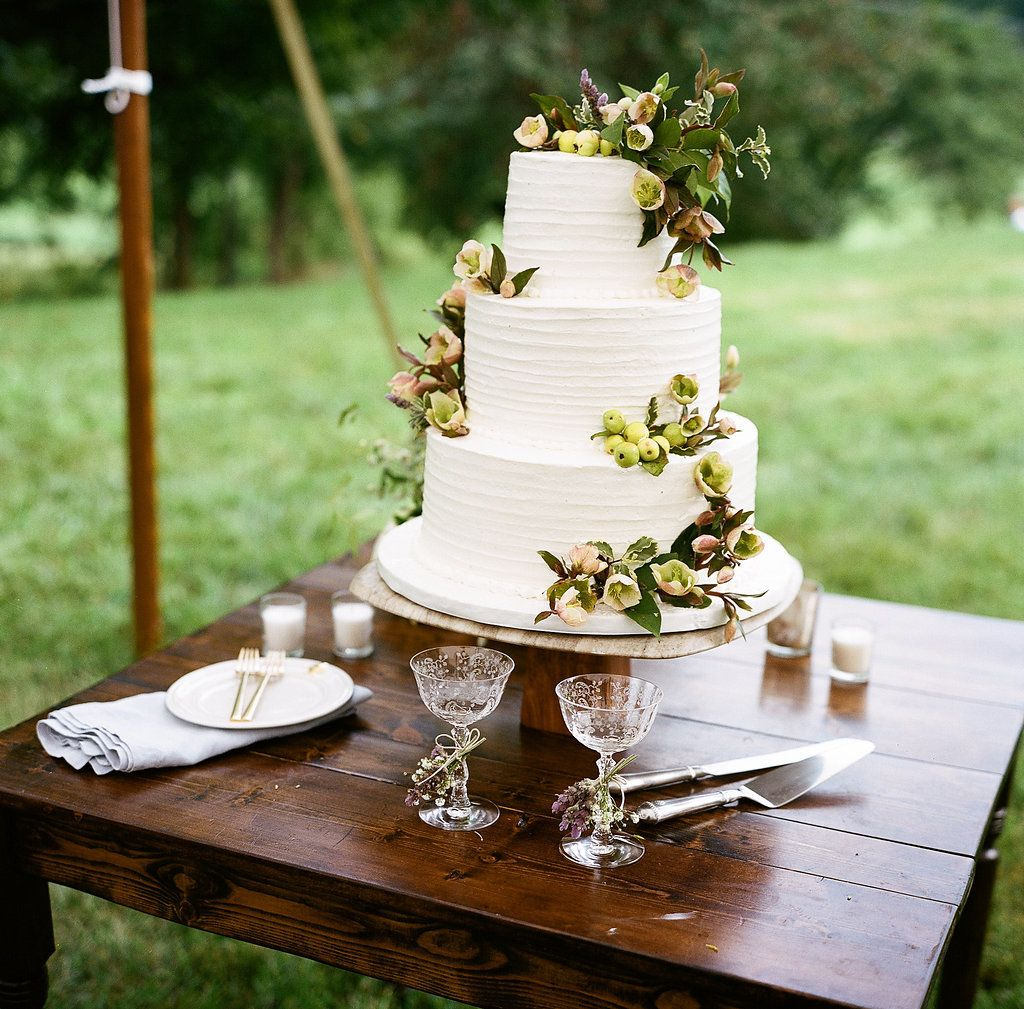 Charming Lakeside Wedding With Garden Party Style