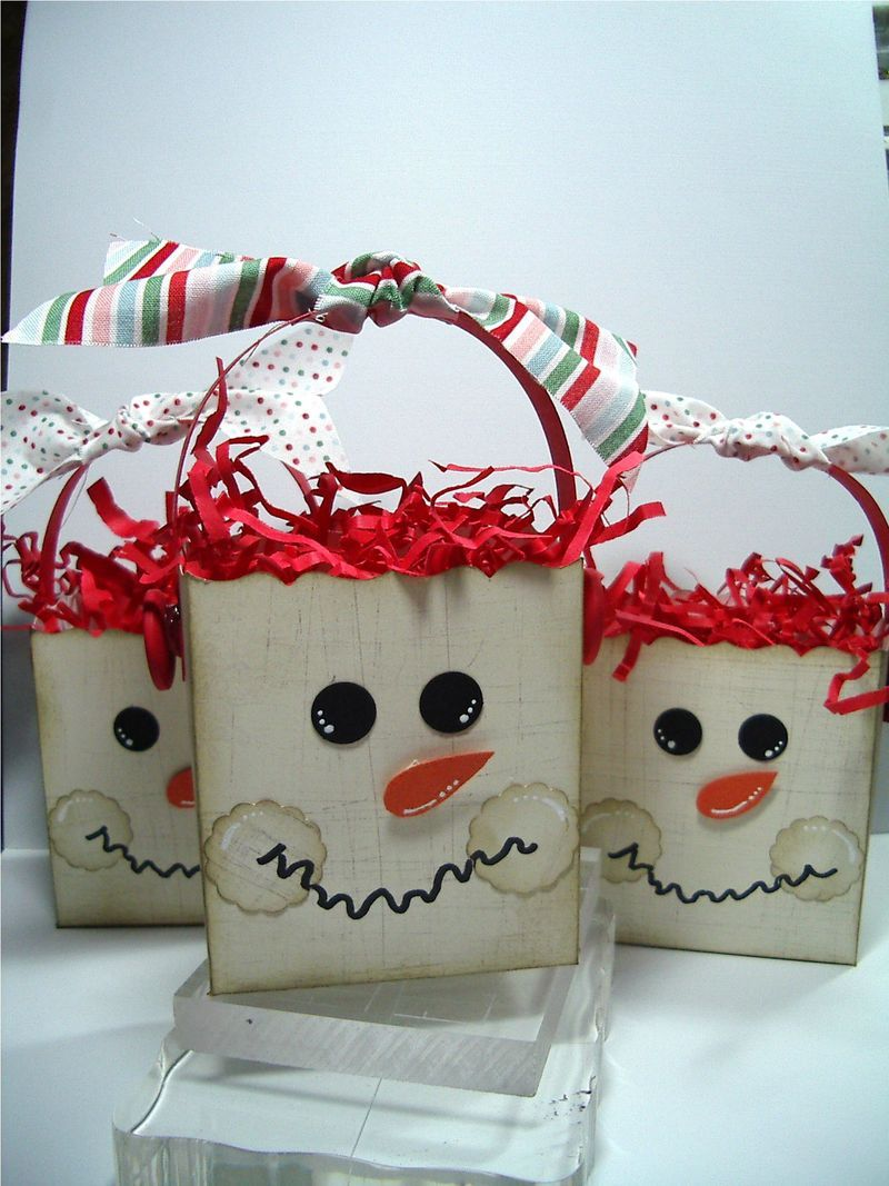 Darling Snowman Gift Bag - Could Easily B Done w/White Lunch Bags ...