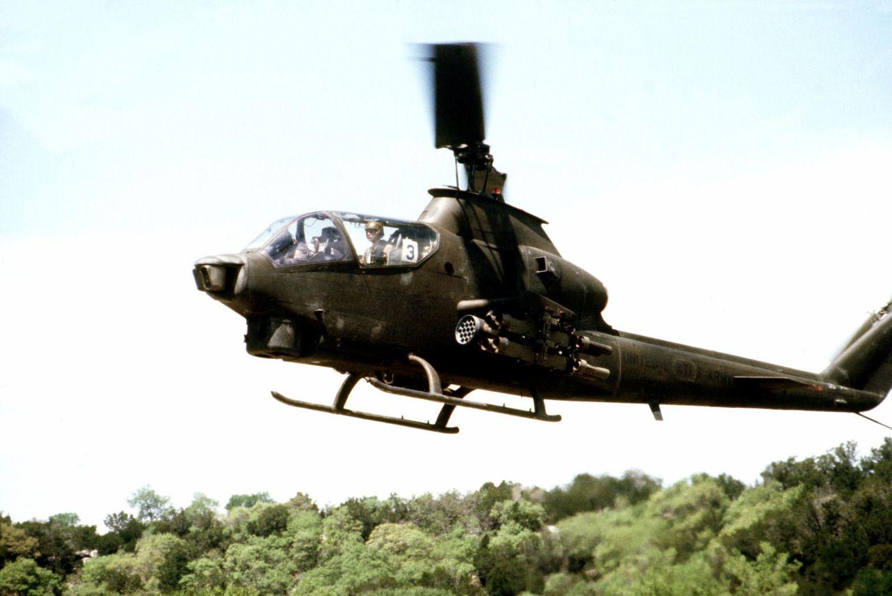Pin de daniel suarez monthoux en Helicoptero de combate   Pinterest ...