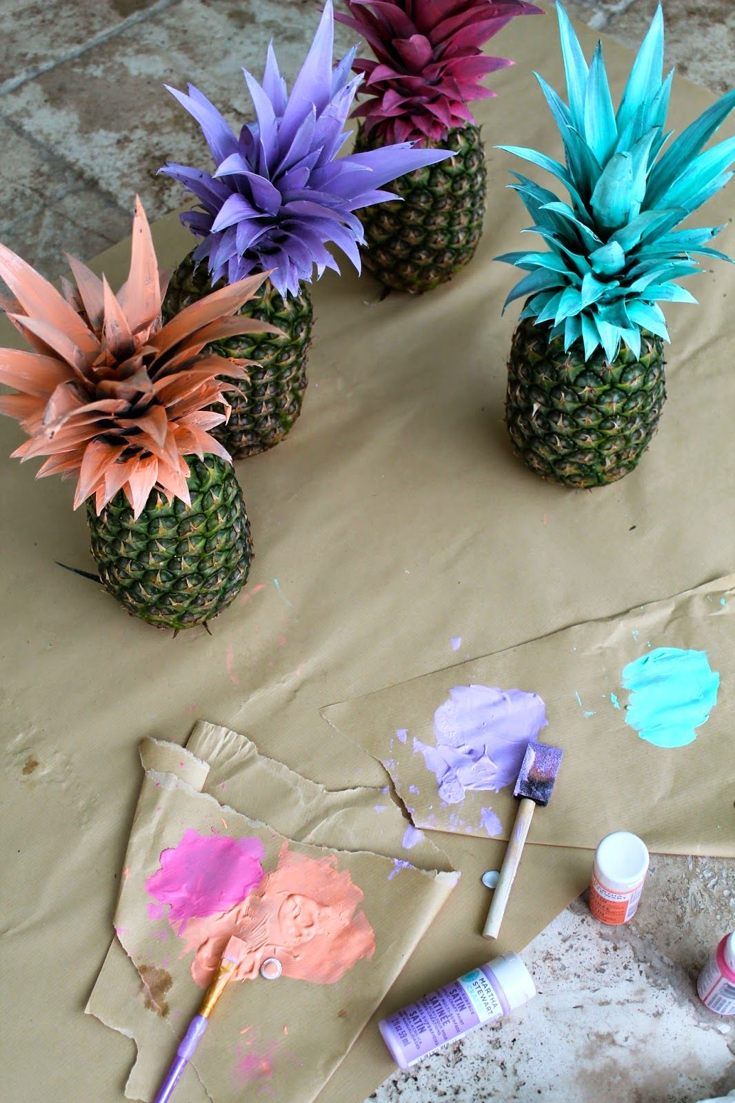 pineapple diy, how to decorate with pineapples, painted pineapples