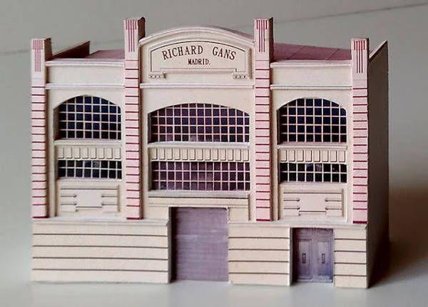 Richard Gans Madrid Free Building Paper Model Download