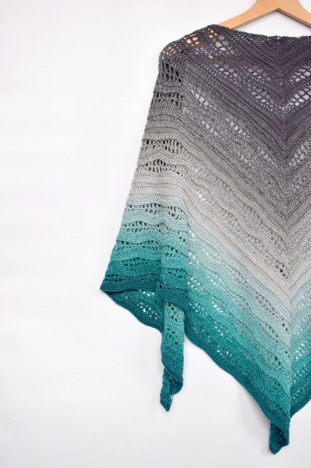 Kalinda Shawl - free crochet pattern by | Pinterest | Chal, Flamenco ...