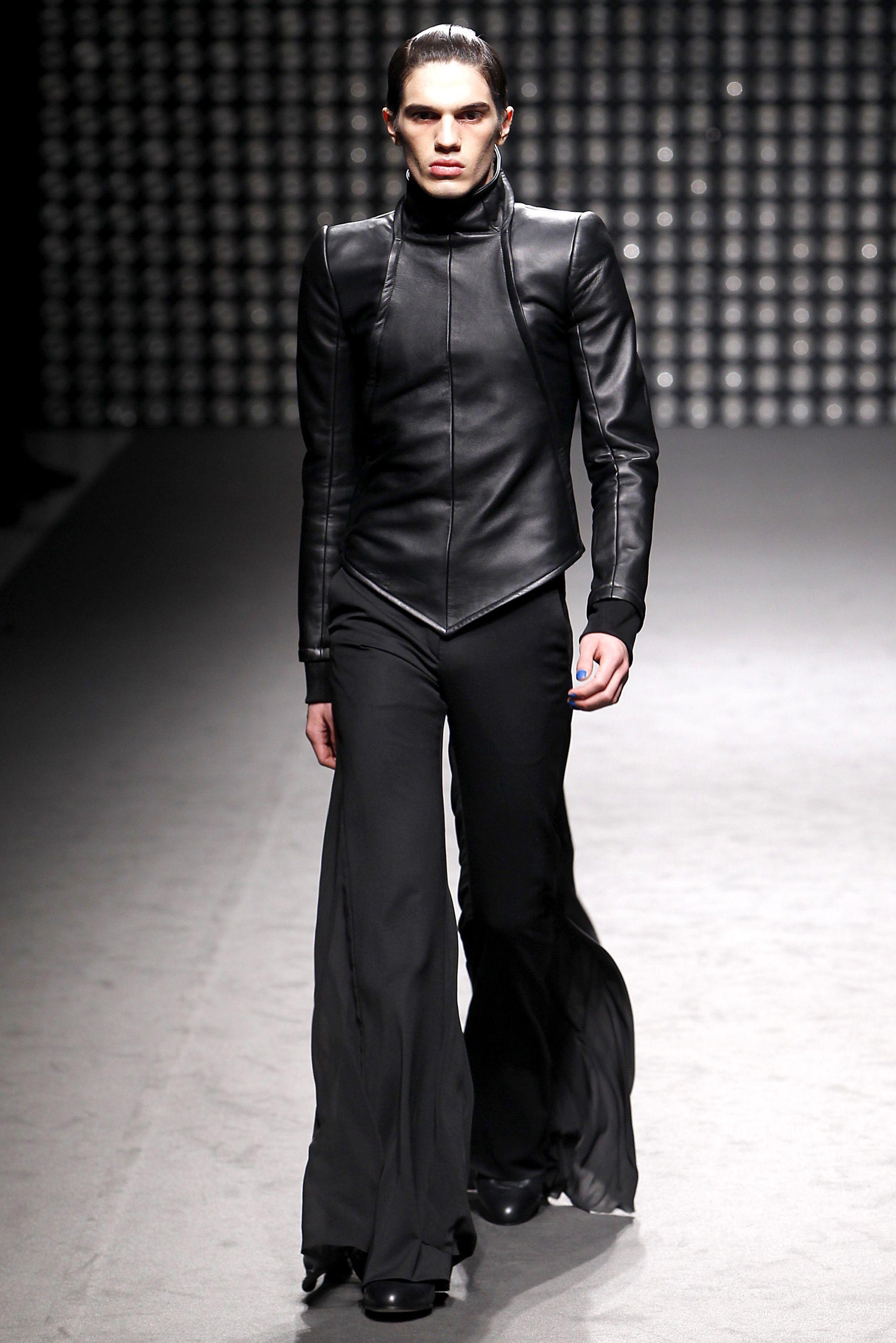 Waterland rosie compares sydney fashion blogger, Girls gilmore returning screens