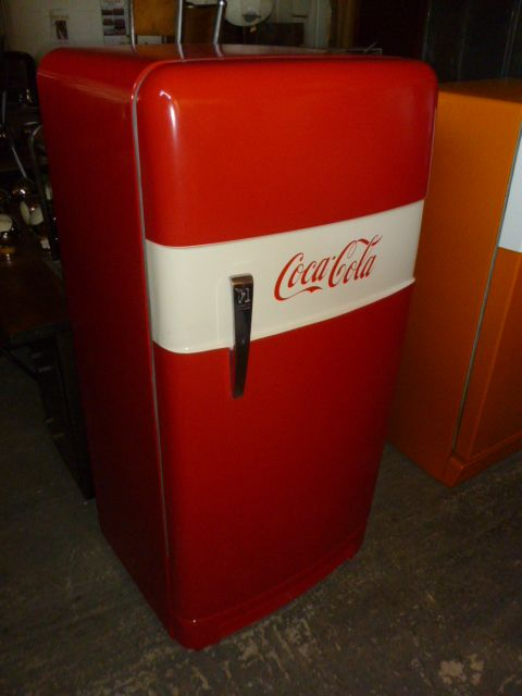 Frigo vintage norge 1960 relook customis creation for Decoration porte frigidaire