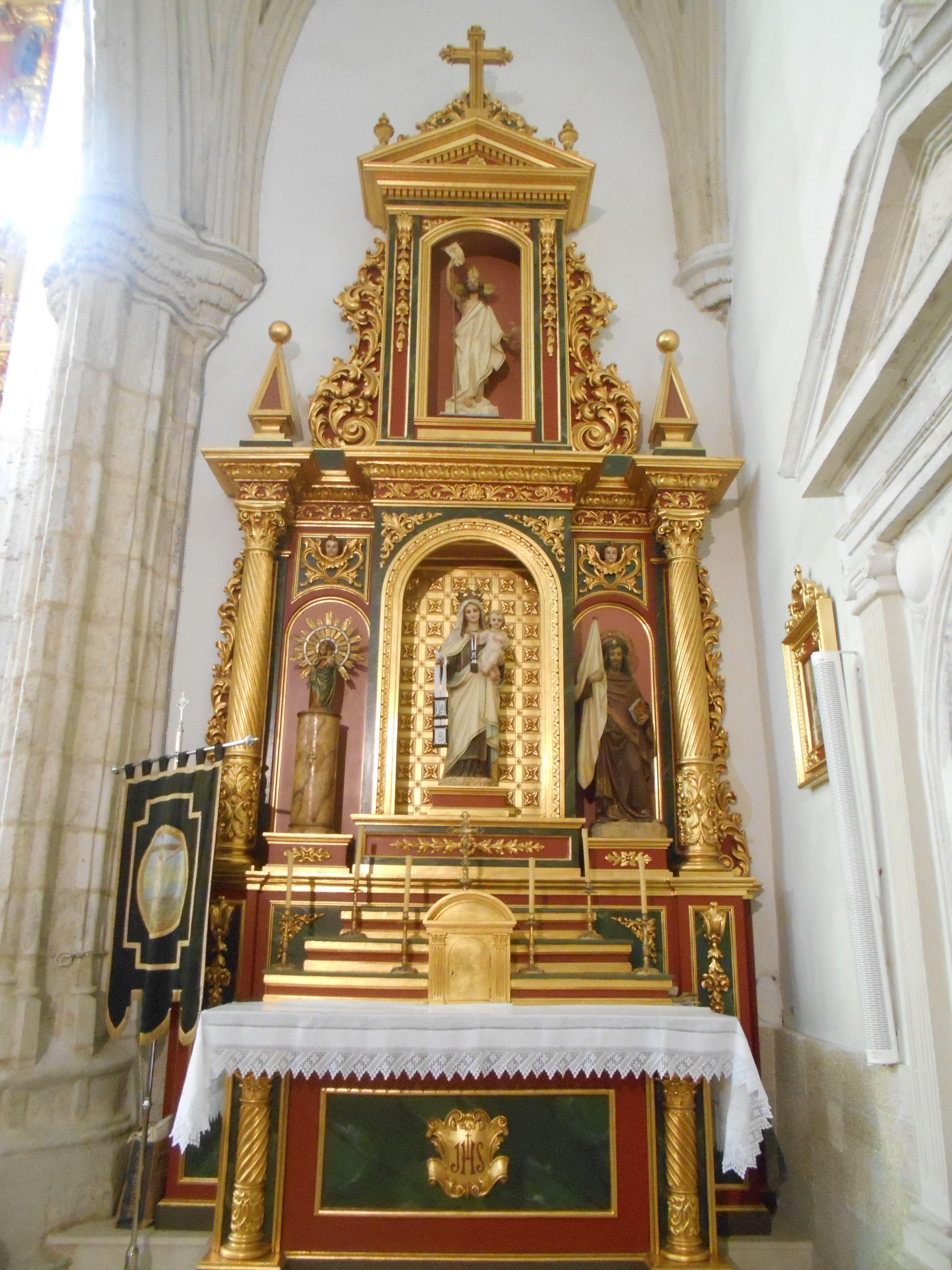 Iglesia de Santa María Magdalena. Retablo.