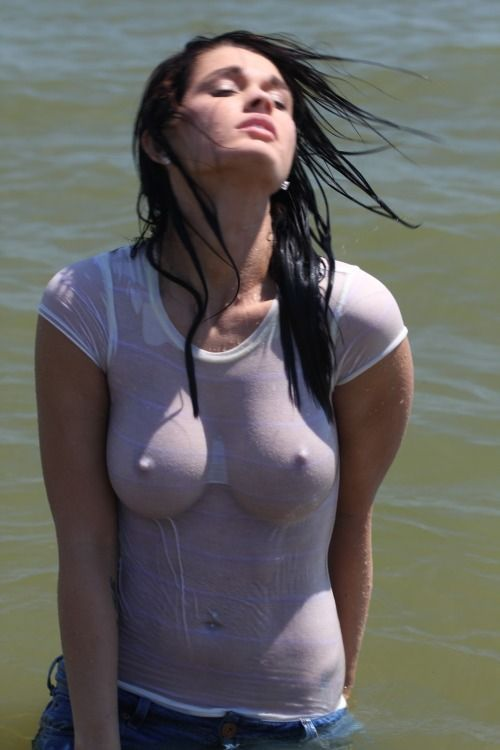Girls in wet sexy shirts