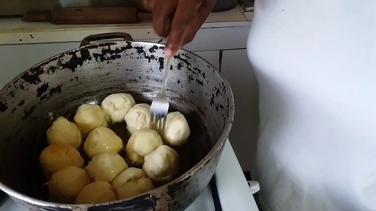 original jamaican fried dumpling  part 2  youtube