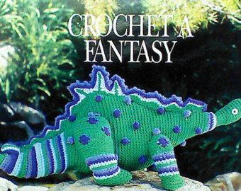 12 Vintage Crochet Dinosaur Patterns #crochetdinosaurpatterns