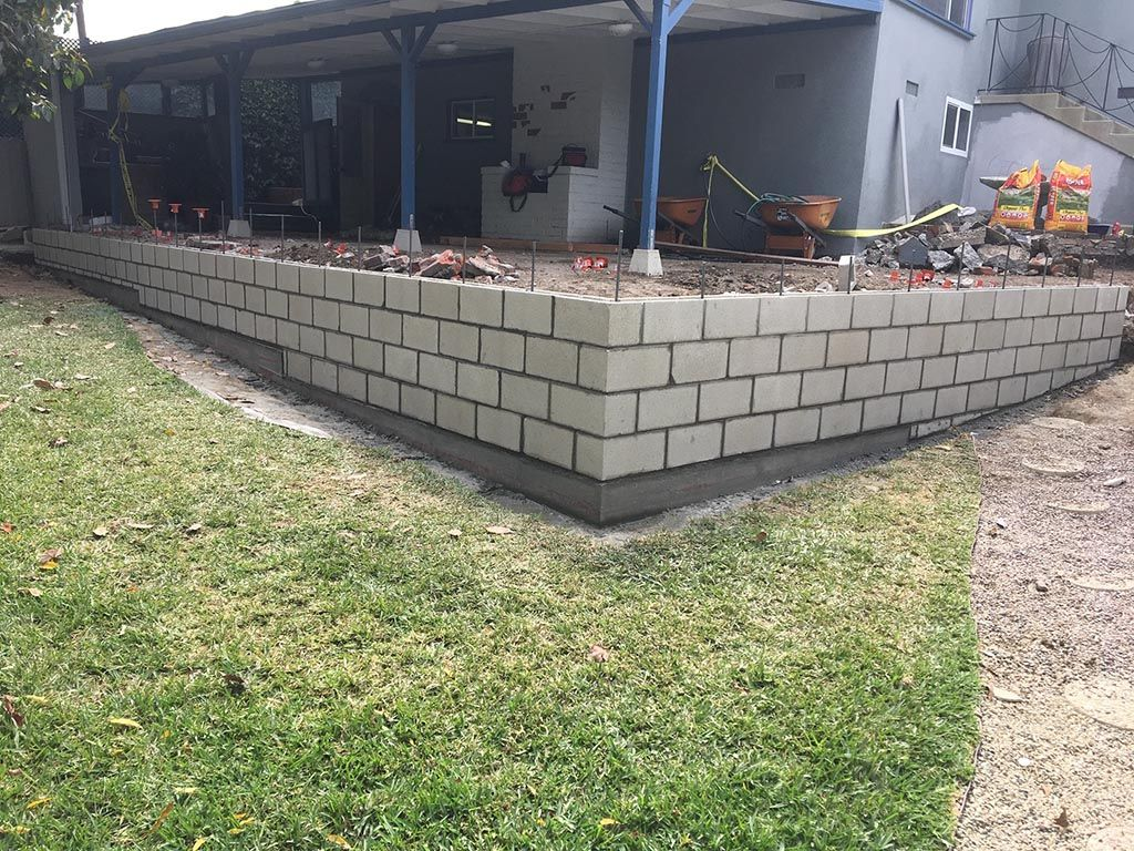 Retaining Wall Gallery Alpha Structural Inc In 2020 Retaining Wall Concrete Retaining Walls Wall Gallery