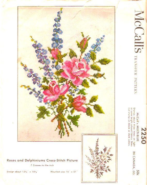 50 s vintage Flower Cross stitch transfert patron McCalls 2250 printemps été florales Roses et Delphiniums Designs