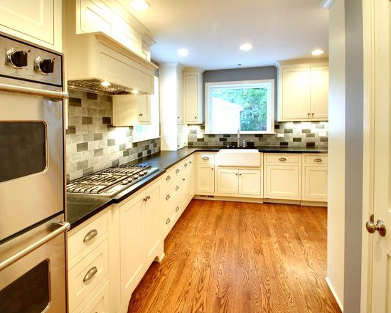 Off White Cabinets With Oak Floor Kitchen Design Kitchen Cabinet Door Styles Oak Floor Kitchen