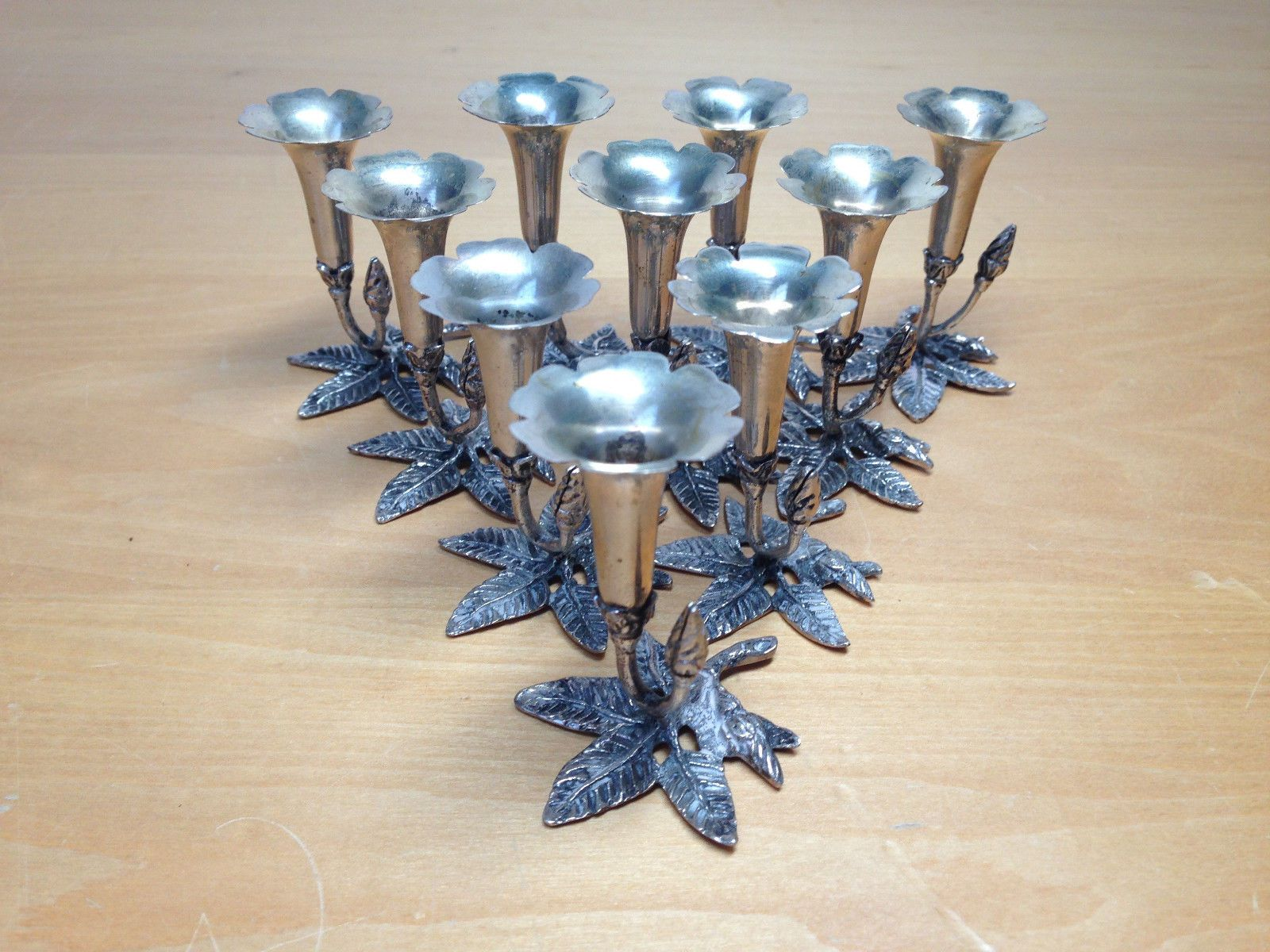 Italian place card holders in 800 silver with flower vases by italian place card holders in 800 silver with flower vases by fratelli coppini italy reviewsmspy