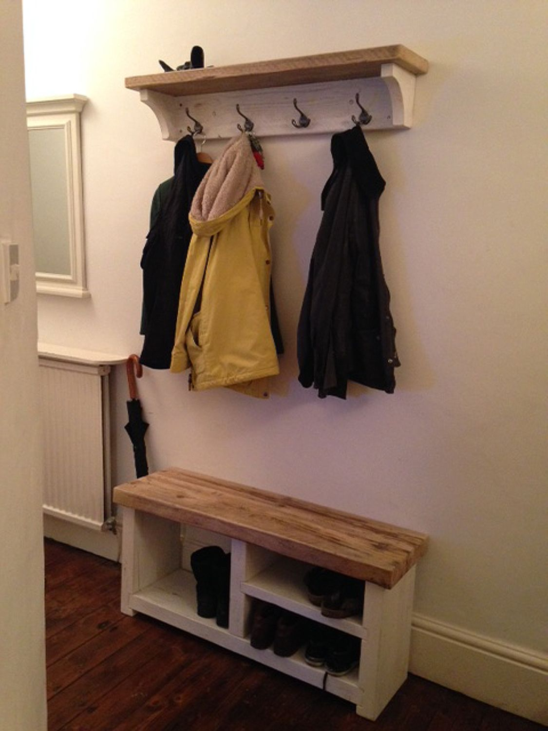 Cottage Style Reclaimed Wood Coat And Shoe Rack Combo Www Reclaimedbespoke Co Uk Coat And Shoe Rack Coat Rack Bench Diy Coat Rack