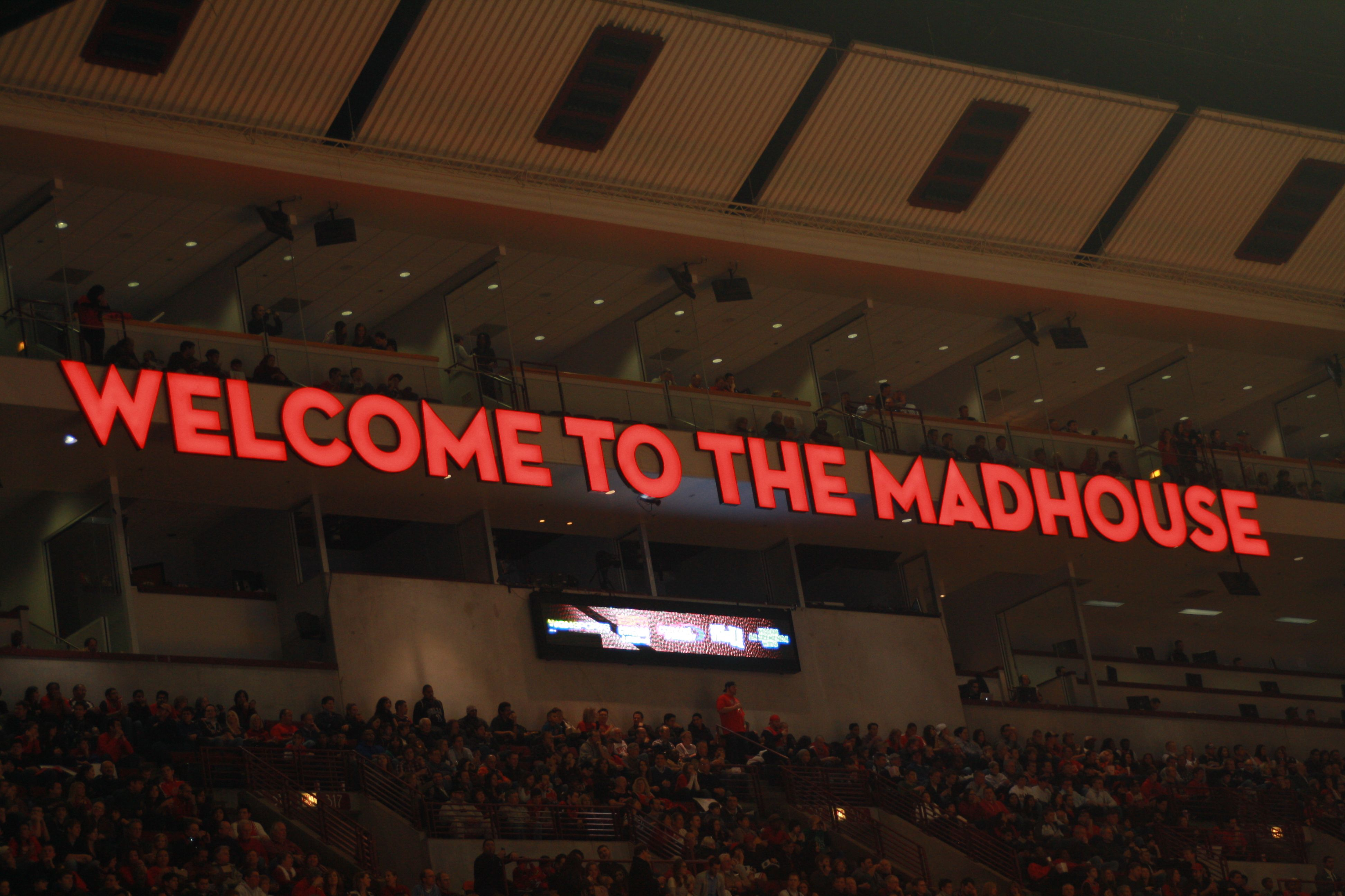 Welcome To The Madhouse United Center Chicago The Unit