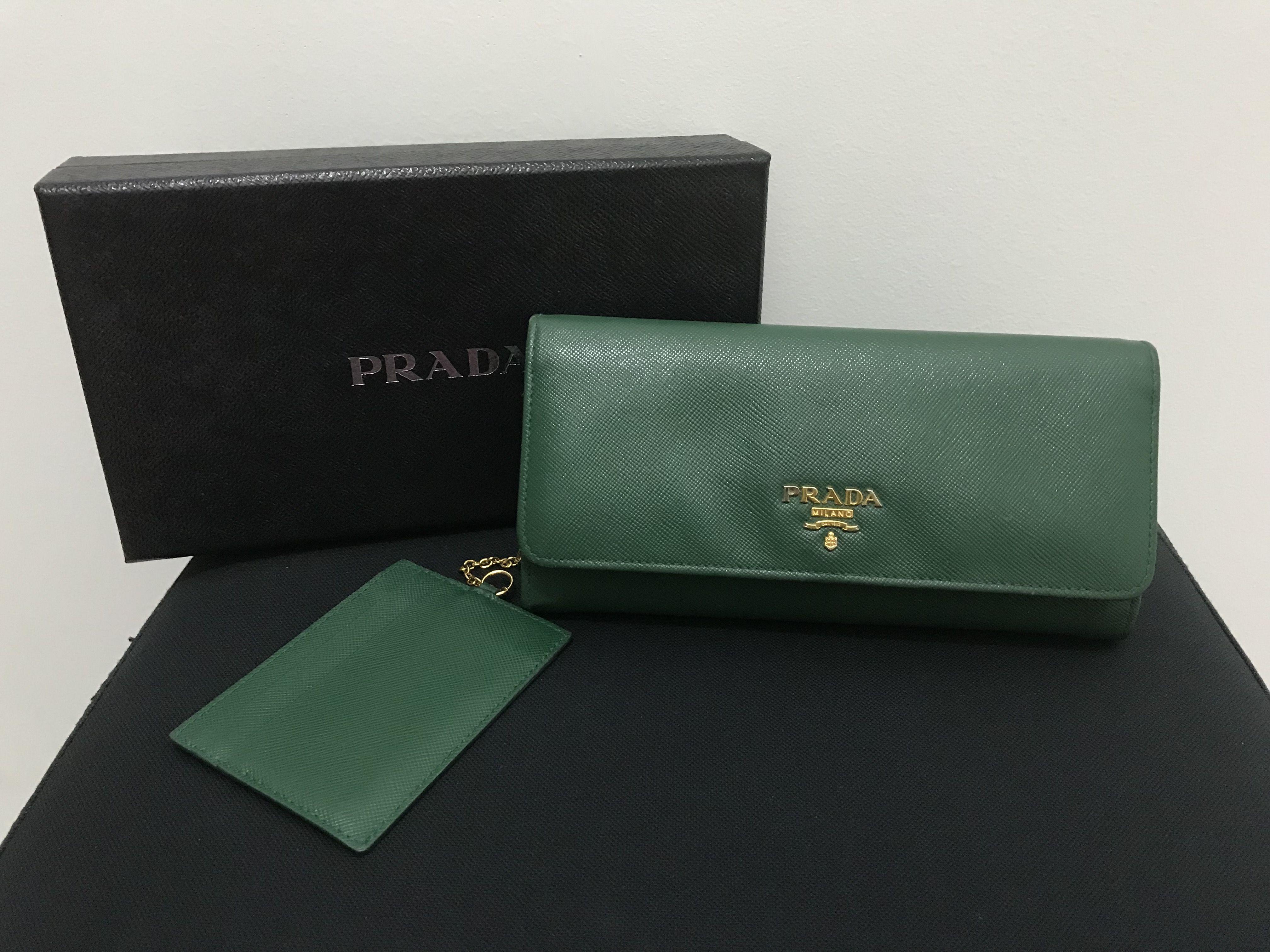 01eb47b32463 PRADA Saffiano Metal Classic Wallet #green #prada #wallet #soldout ...