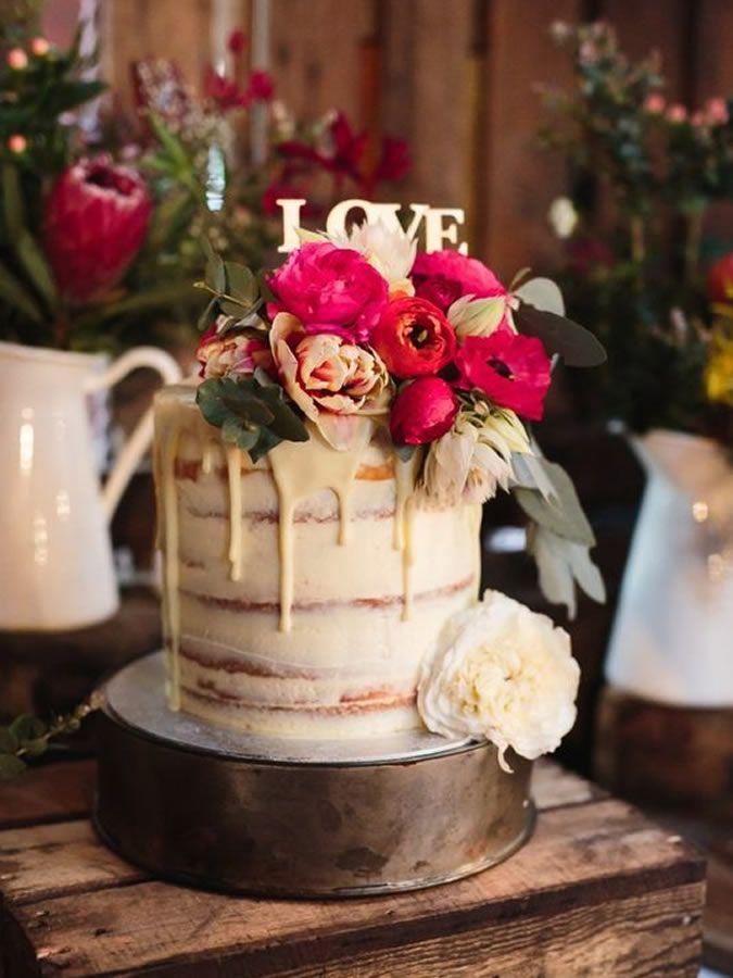 Pasteles de bodas 'drip' o con cubierta que gotea | Pasteles de ...