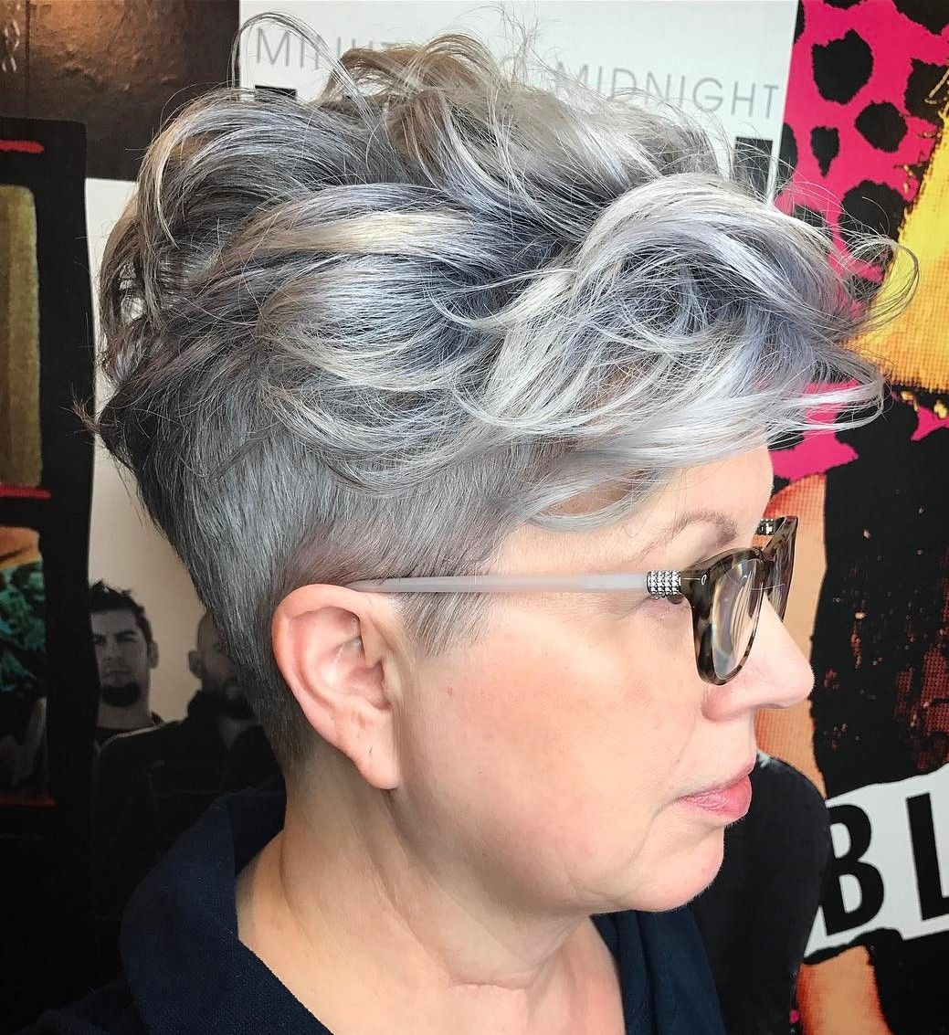 universally flattering hairstyles for women over with glasses
