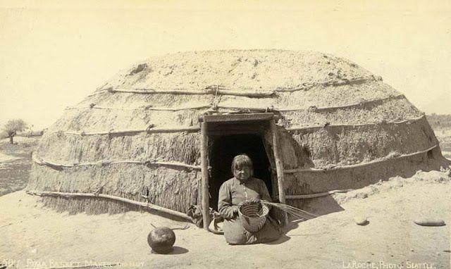 Phenomenal Pima Indian Basket Maker In Front Of House Pima Pima Beutiful Home Inspiration Ommitmahrainfo