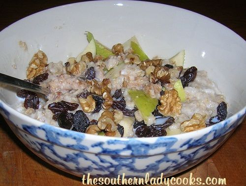 There are more oats consumed in January than any other month. Oats provide fiber to your diet, help to improve LDL cholesterol, andare a great nutritious food. Oats can be added to meatloaf to ...