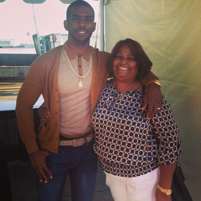 With my beautiful mother @mamapaul3 after the #BET #GeniusTalks today! #MyRideOrDie #CP3