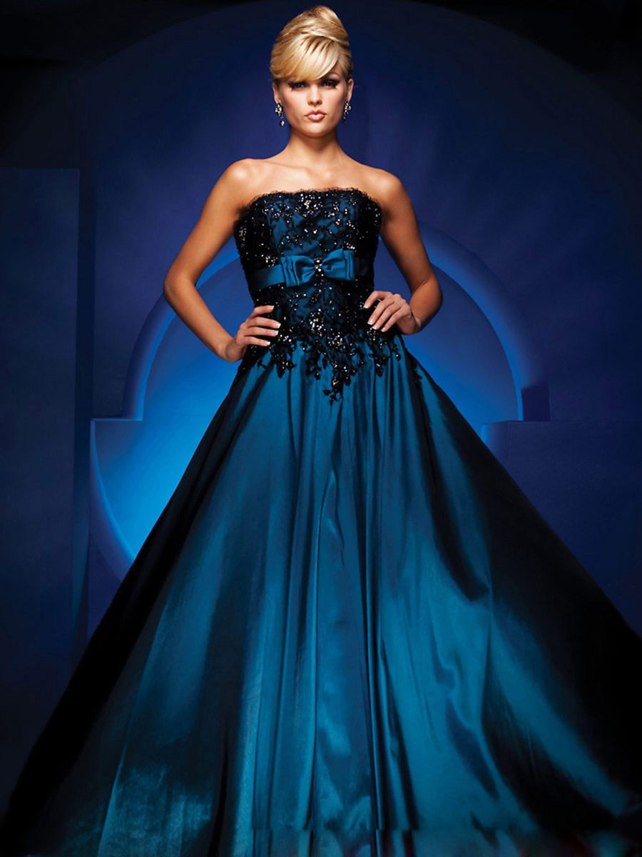 Astonishing Dark Royal Blue Taffeta Black Lace Strapless Sleeveless Ball Gown Quinceanera Dress