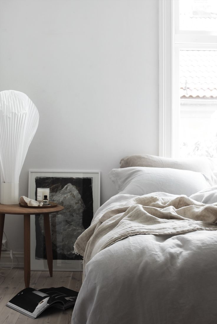 BRIGHT AND AIRY BEDROOM FOR SUMMER - ELISABETH HEIER