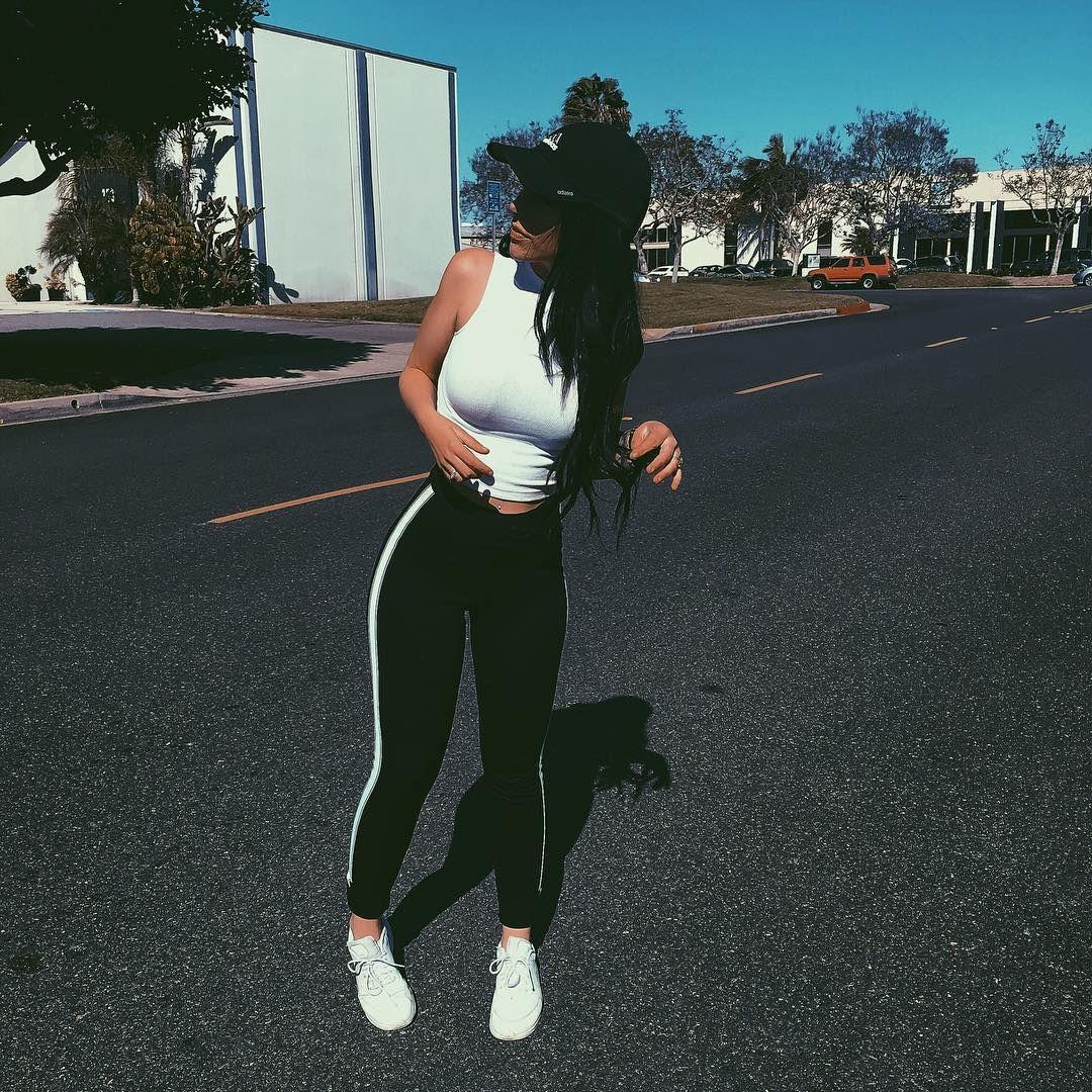 leggings, workout, hat