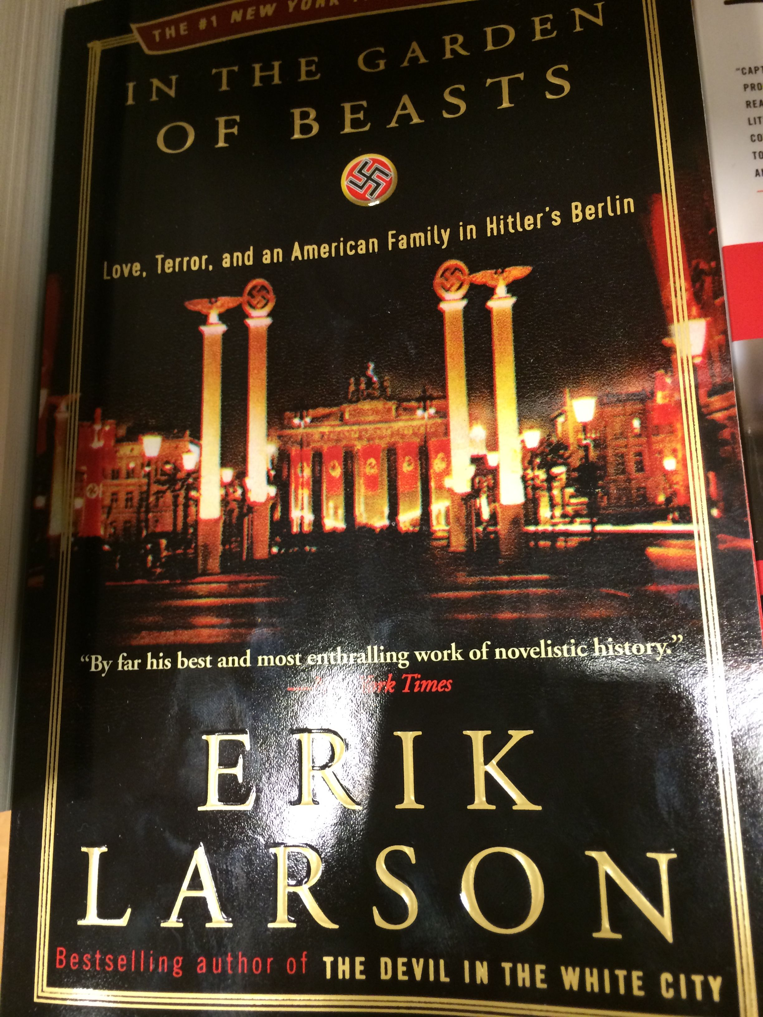 In the Garden of Beasts by Erik Larson Reads Erik