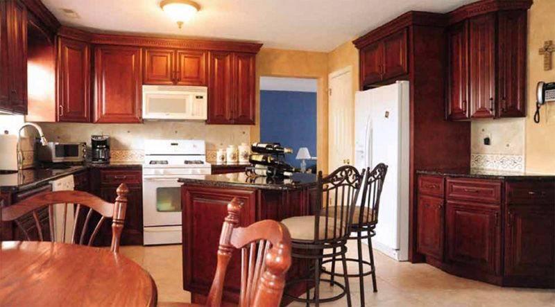 Mahogany Maple Kitchen Cabinet Kitchen Cabinets And Countertops Online Kitchen Cabinets Quality Kitchen Cabinets
