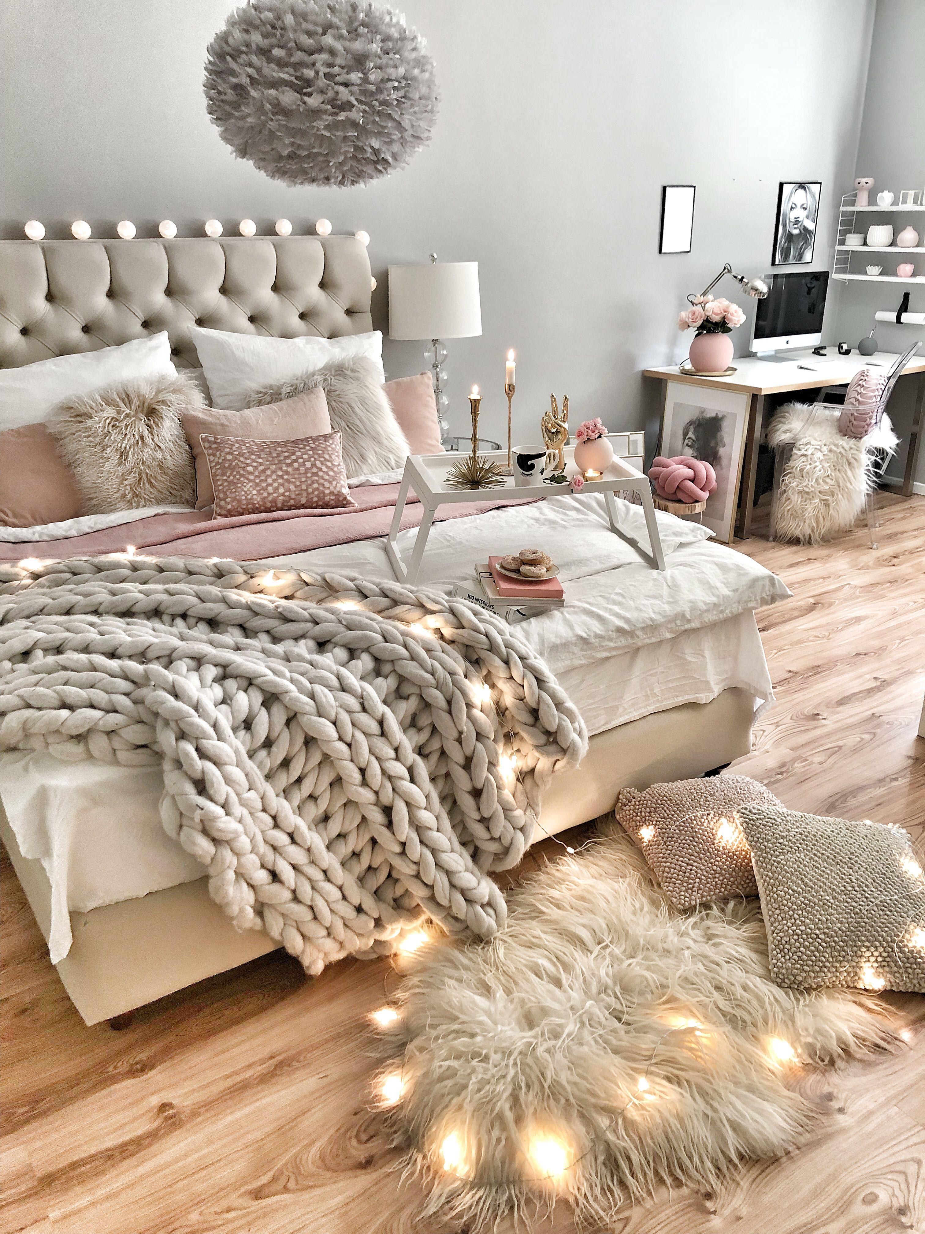 Wie man das Bett gemütlich dekoriert | Home in 2019 ...