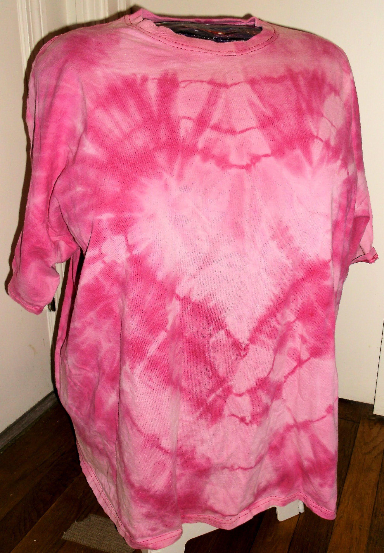 How To Bleach Tie Dye A Heart Shirt Tie Dye Bleach Tie Dye Heart Shirt
