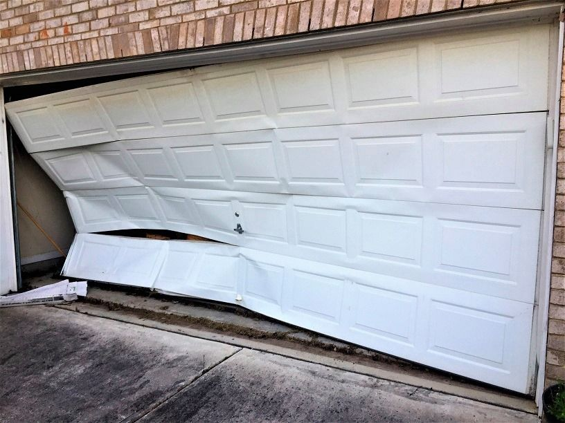 Do You Need To Replace A Few Panels On Your Garage Door We Can Help You From Repair To Replacement Ca In 2020 Garage Doors Affordable Garage Doors Garage Door Parts