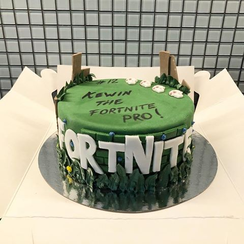 Image Result For Fortnite Cake Ideas Cakes Boys 16th Birthday