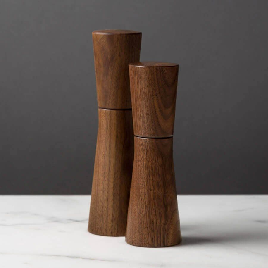magnus salt or pepper mill dark walnut  medium h  dark  - magnus salt or pepper mill dark walnut  medium h