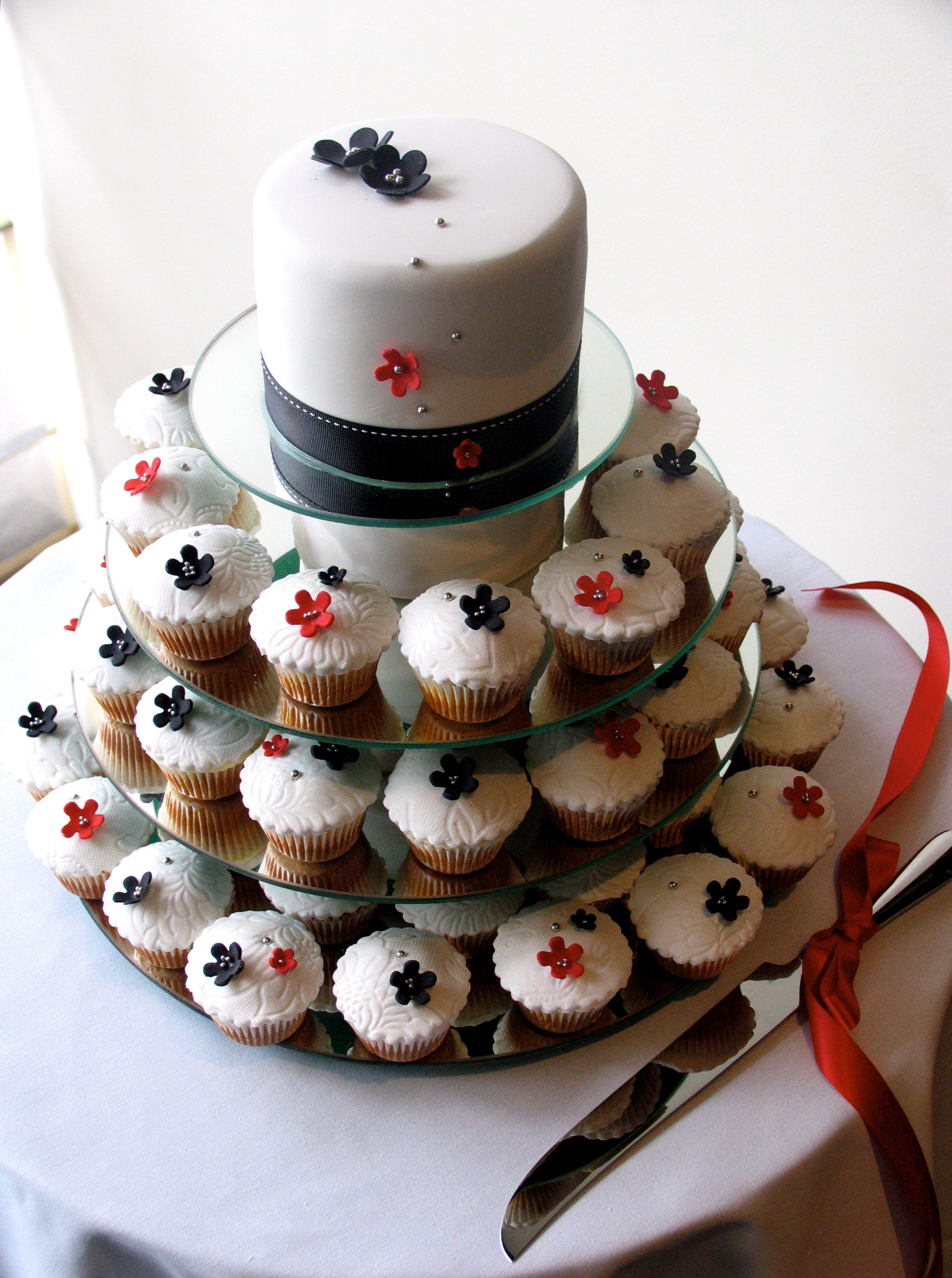 cake made of cupcakes