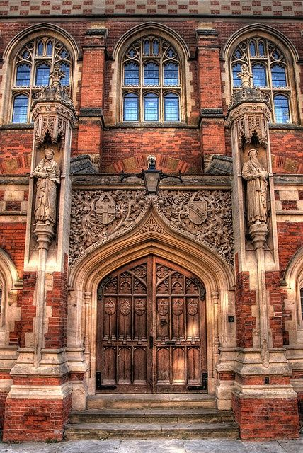 Divinity School, Cambridge (HDR) by ben.gallagher on Flickr (cc)