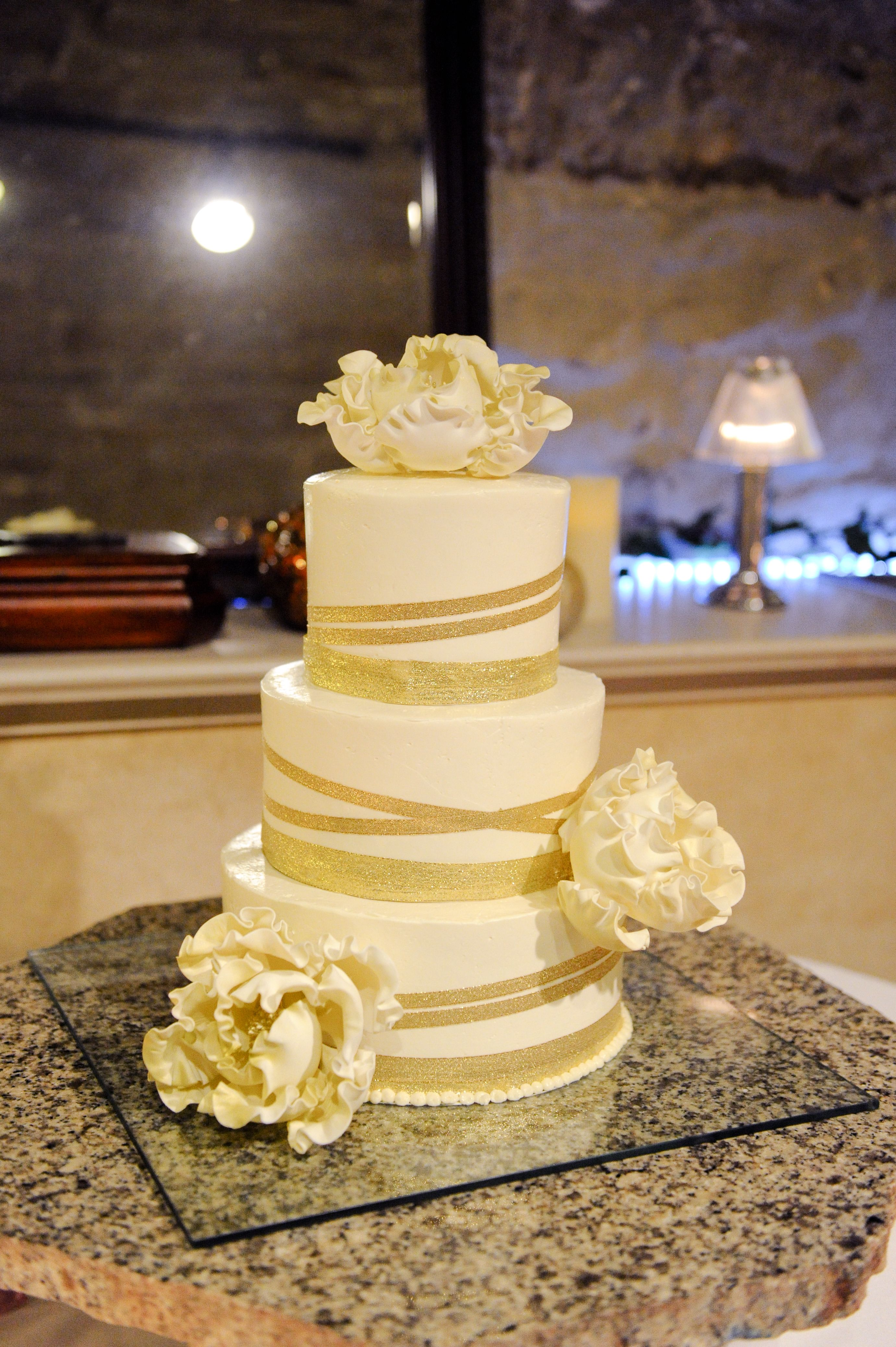 Romantic Wedding Cake | My October 2013 Wedding | Pinterest ...