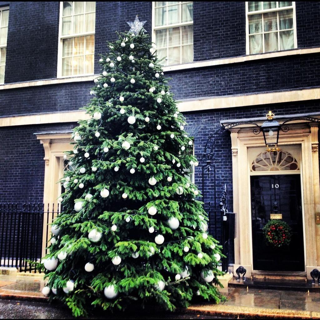 Uk Prime Minister On Twitter Winter Wonderland Christmas Christmas Wonderland Christmas