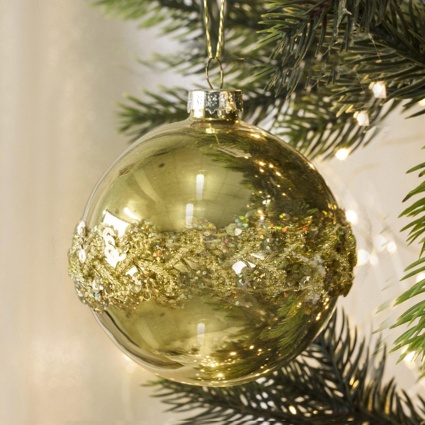 Bombka Szklana Cairo Bombka Szklana Cairo Zdobiona Aplikacja Z Cekinow O Srednicy 8 Cm W Kolorze Zlotym Eu Christmas Bulbs Christmas Ornaments Holiday Decor