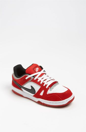 1. Nike '6.0 Oncore Jr.' Sneakers (Little Kid & Big Kid) that are comfy and so cool. #momselect and #backtoschool