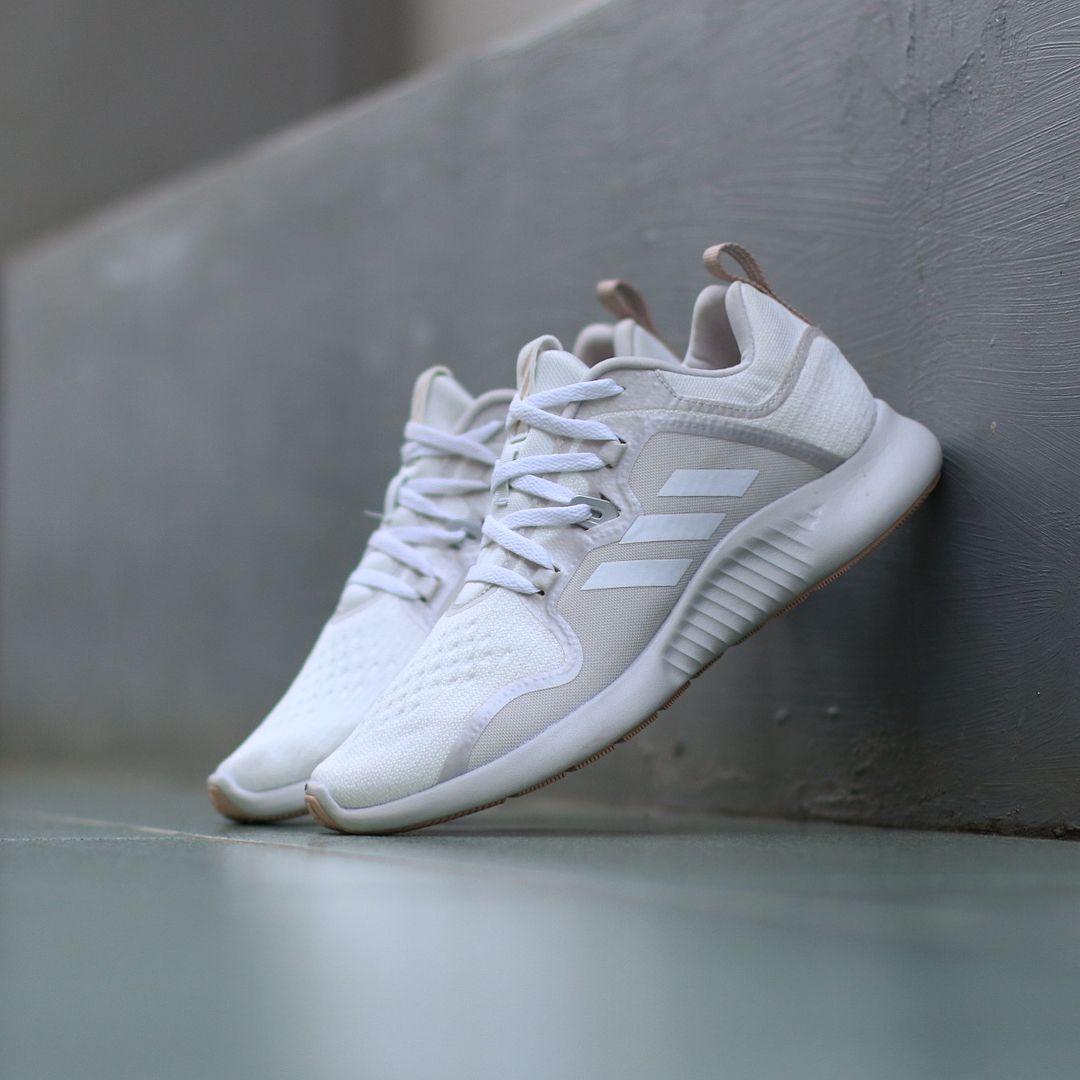 1d1f0397a8d02 IDR 550.000 ADIDAS EDGE BOUNCE WHITE TRACE BROWN ORIGINAL MADE IN INDONESIA  Size   41